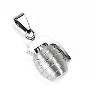 Pendentif homme en acier grenade silver